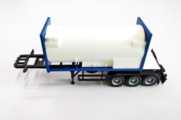 30ft Container-Auflieger mit 20ft Gastankcontainer