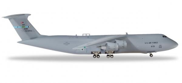U.S. Air Force Lockheed C-5M Super Galaxy - 9th Airlift Squadron