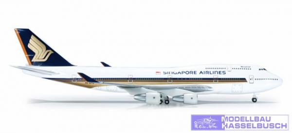 SIA B747-400