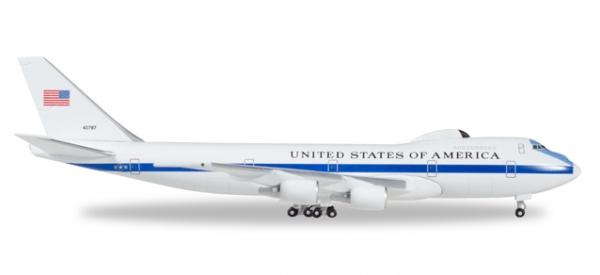 Boeing E-4B USAF 74-0787