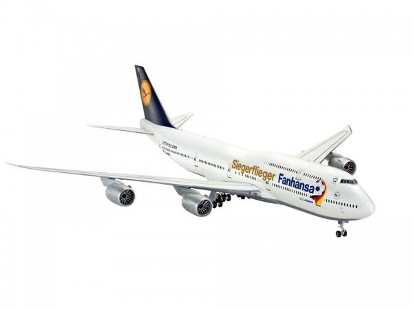 Revell Boeing 747-8 Lufthansa Fanhansa Siegerflieger